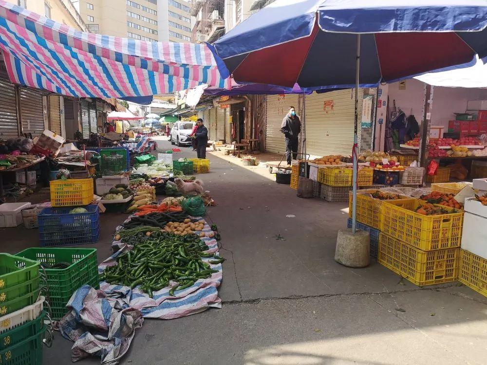 我市市場供應充足,部分菜品價格有所上漲