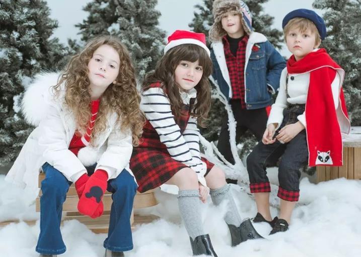 正月初四迎财神,是时候和孩子聊聊红包了吧