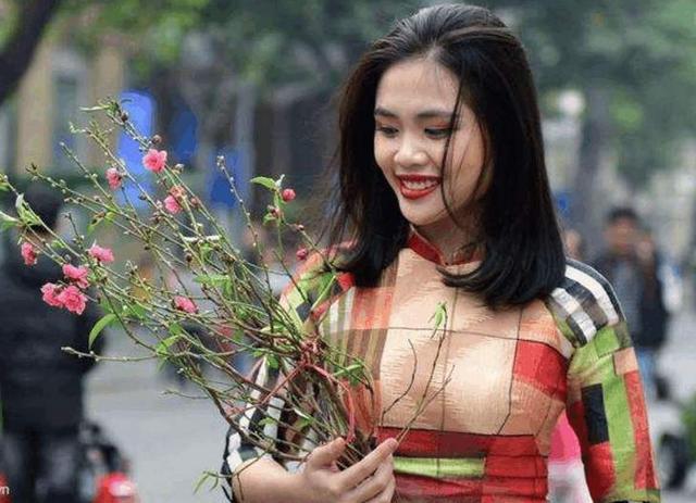 远嫁中国的越南姑娘,婚后行为,让中国男人表示:接受不了