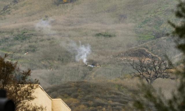 科比遇难细节曝光:飞机在山区坠毁引发大火,机上9人全部丧生