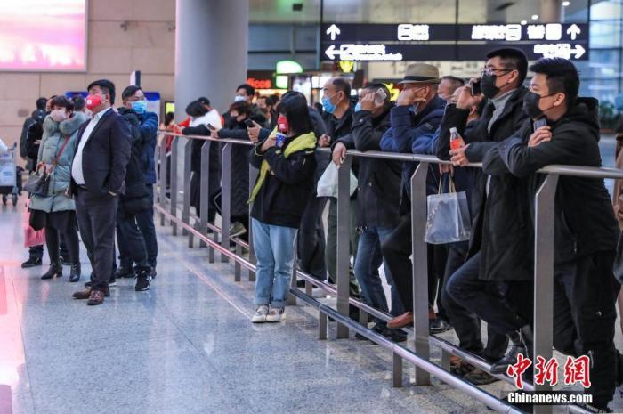 正月初二全国发送旅客比去年同期下降63.2%