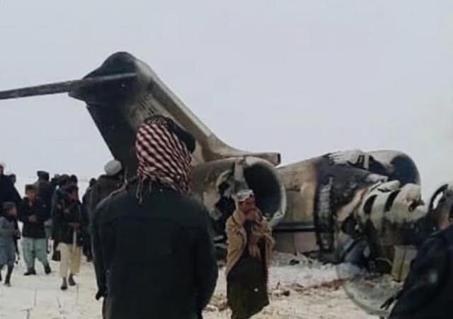 塔利班缴获美军绝密战机,只发现2具烧焦尸体 或有12名美军逃脱