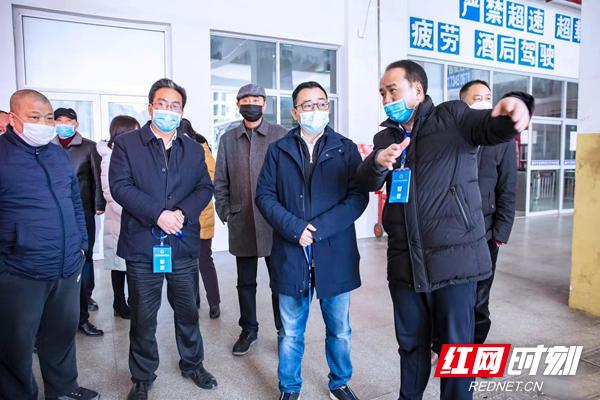 毛朝晖在衡东督查:全力以赴做好疫情防控和医疗救治工作