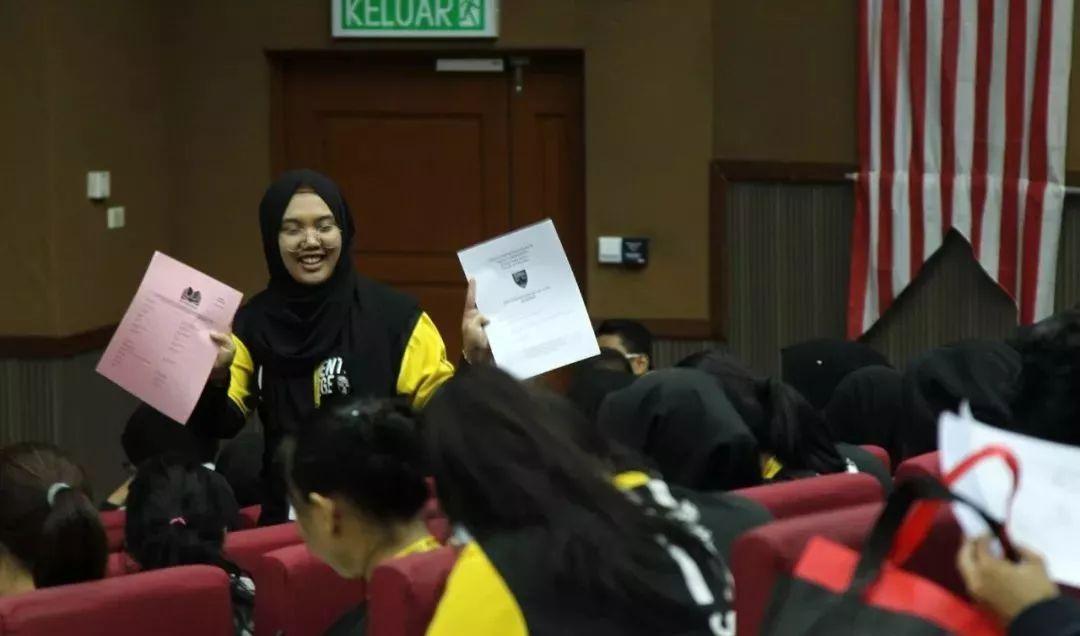 """019年马来亚大学最受中国学生欢迎的本科科系是哪个?"""""""