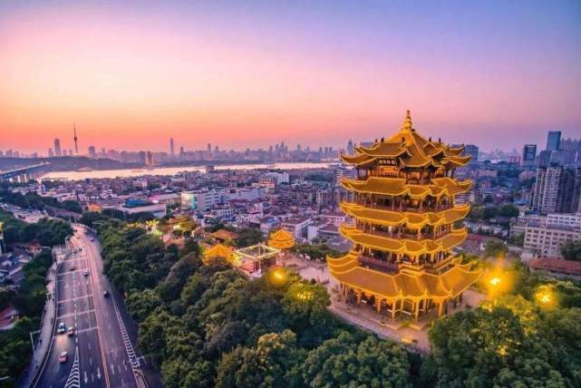 [王健林曾投资武汉6百亿,用8个月建了条街,靠租金能否赚回来?] 普思投资