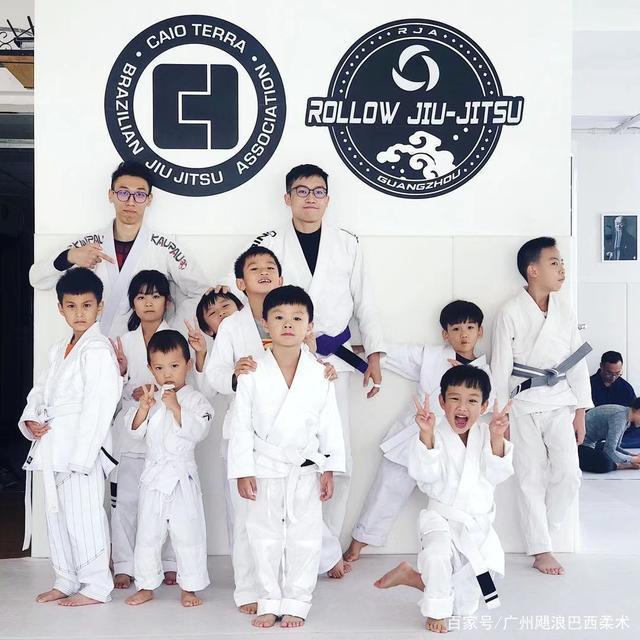 广州巴西柔术少儿课程 飓浪柔术陪伴孩子成长