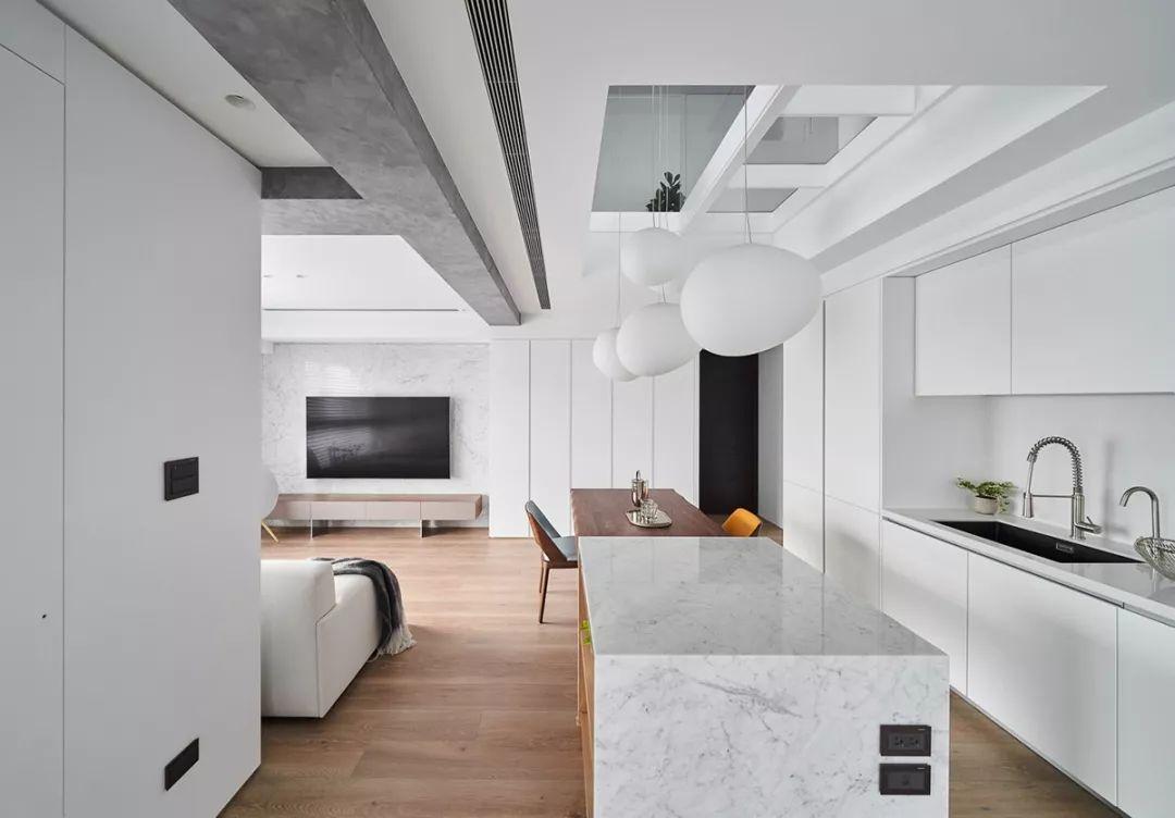 给设计点赞!93平Loft颜值很北欧,收纳做满墙,质感更显高级!
