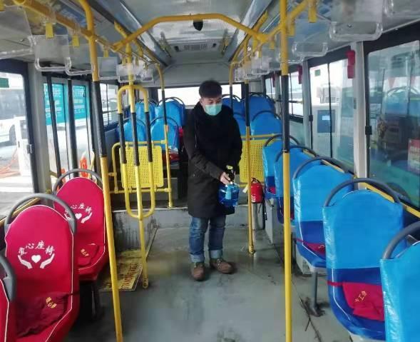 长春119路公交车:逐台车消杀,尽社会责任,保乘客安全
