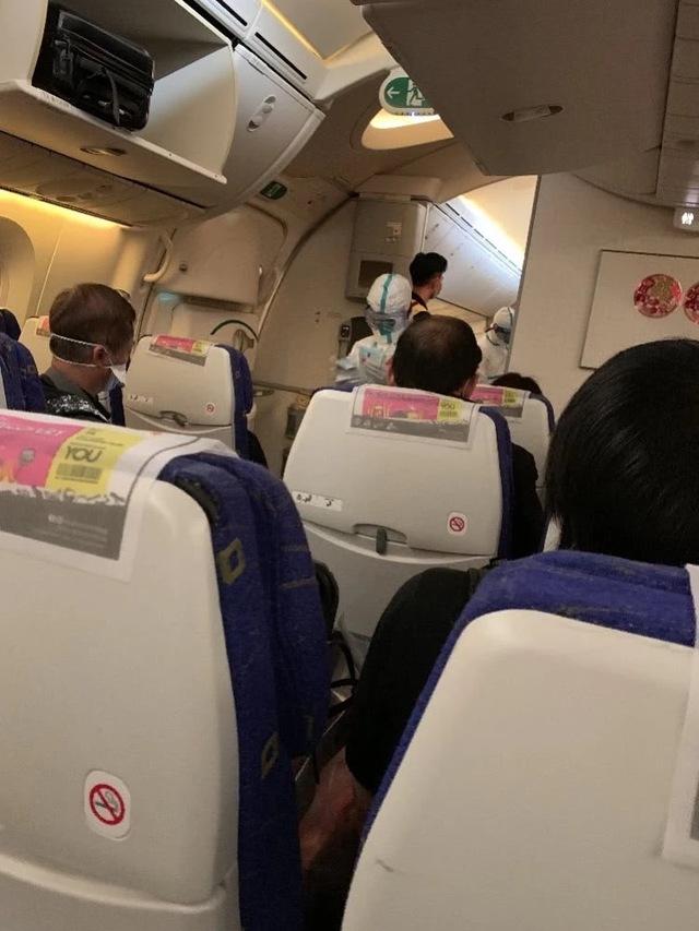 杭州:此前落地被整机隔离,新加坡酷航飞杭州航班已有4位湖北乘客确诊