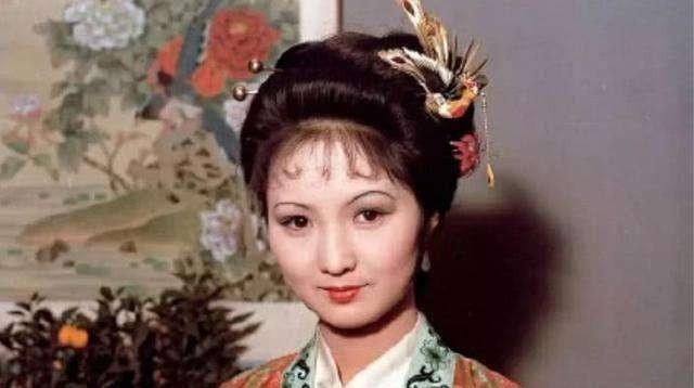 王熙凤一向待下人狠毒,为何却留下了平儿?因为她有三个特殊之处