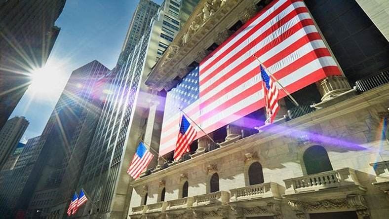 【美国财政的不归路】 中国与美国财政