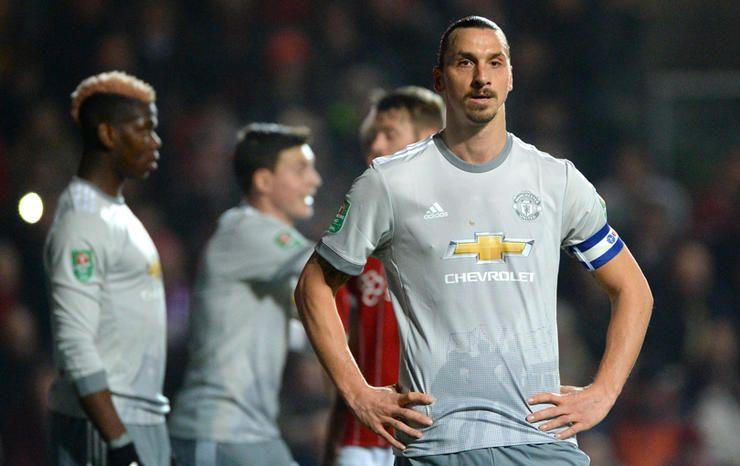 原创             英超史上10大不败球队排名!利物浦紧追阿森纳,破纪录势在必行