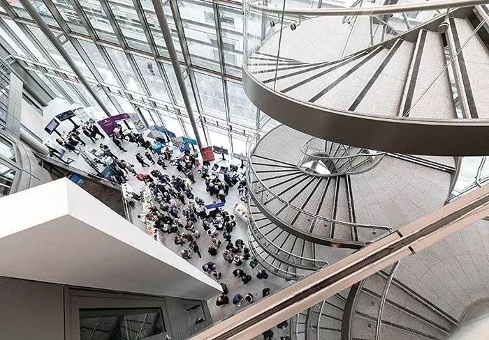《金融时报》公布2019欧洲商学院排名,巴黎HEC夺冠,伦敦商学院被挤下神坛!
