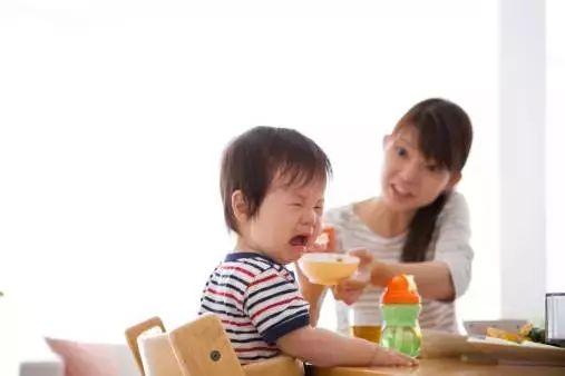 养生常识:积食与消化不良的区别是什么?怎么治疗?
