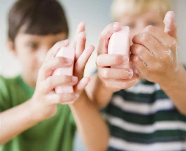 """如何帮孩子预防""""冠状病毒""""?做好这几点,让孩子抵抗力更强!"""