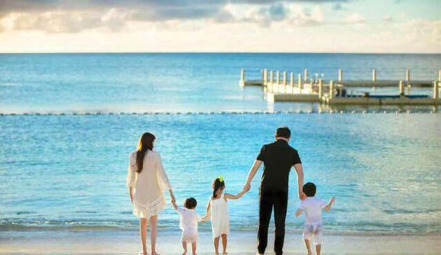 吴佩慈四胎女儿出生,六年半生四个孩子仍未过门,称不再生第五胎