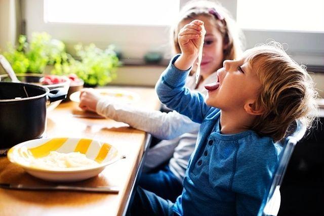 如何知道孩子有没有吃饱?这些信号,别说你一个都不知道