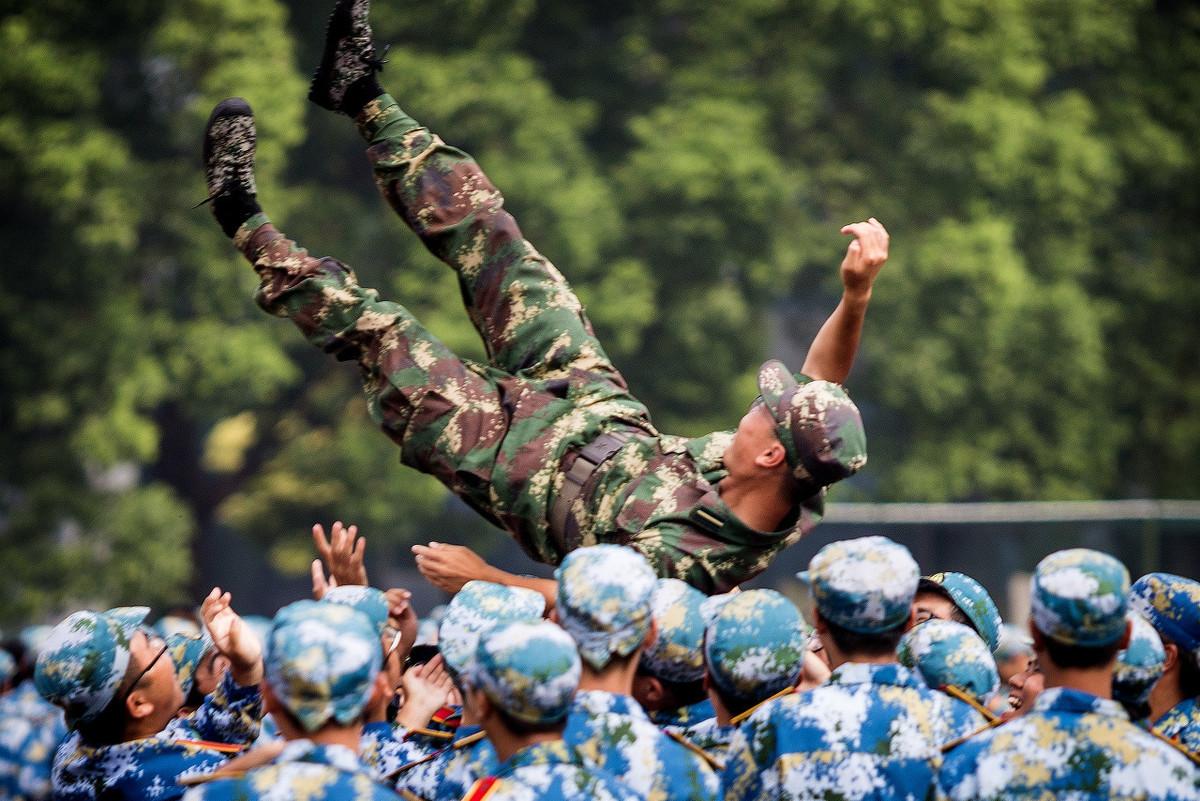 大学军训需要准备什么 大学军训每个人都必须参加吗_上考网
