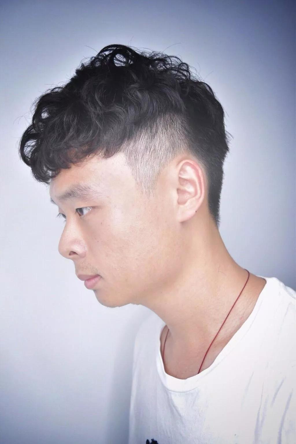 v字头型发型图片_流行发型_发型屋