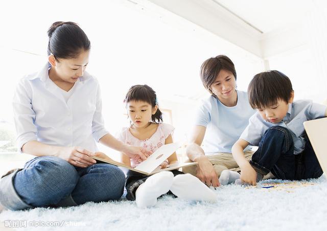 3岁儿子吃了半包干燥剂,妈妈的动作救了娃,医生竖起大拇指称赞
