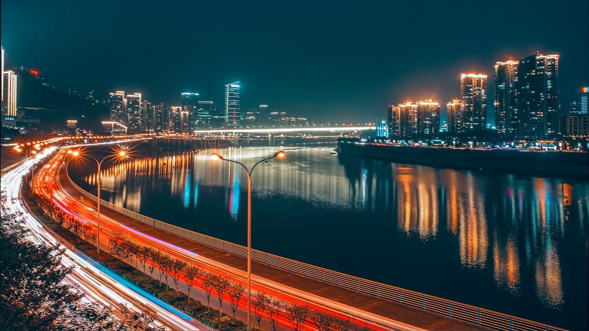 2019年上海、北京的经济总量与深圳、广州拉大了,那人均GDP呢?
