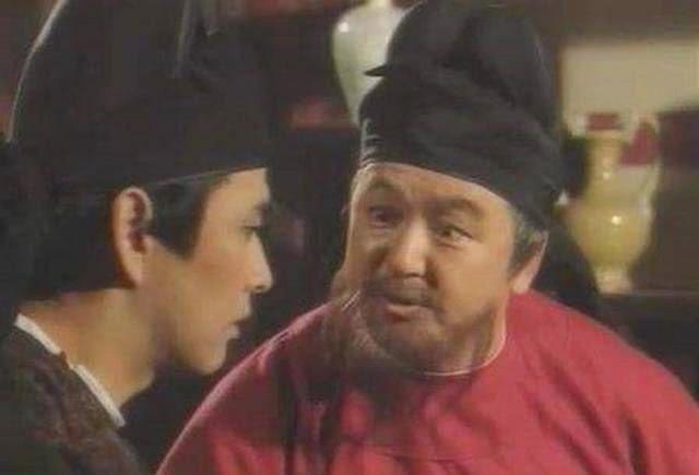 原创袁天罡儿子过江,看同船的人面色有问题,赶紧下船,船果然覆没了