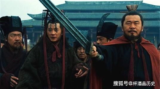 《分香卖履安排身后事,是曹操的儿女情长,还是不愿禅让的阴谋?》
