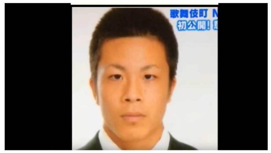 原创 日本 牛郎帝王 罗兰认整形 以前的他长这样?