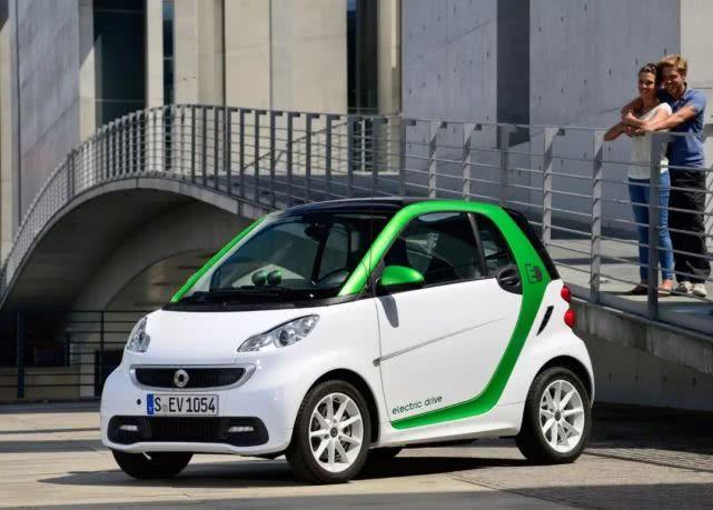 """Smart第一次遇到EQ,有没有""""最适合城市电动车""""的观点?"""