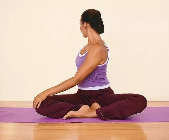 想要开肩开髋效果好,灵活脊柱很重要!