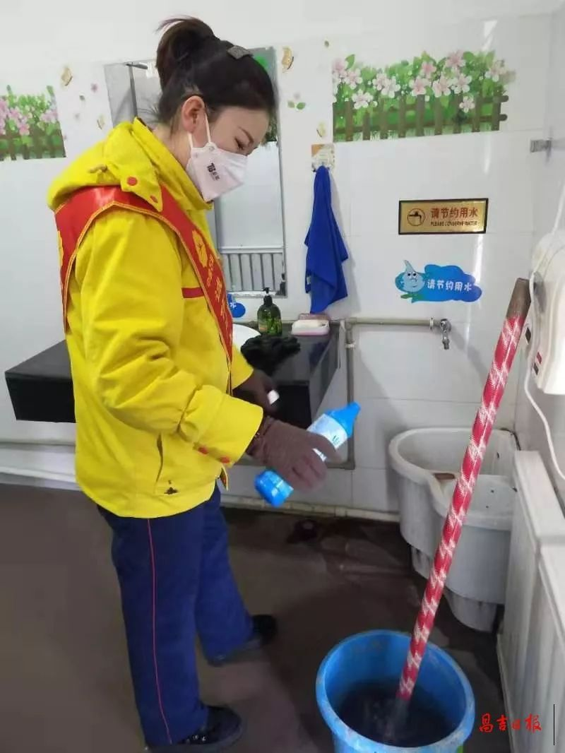转载:昌吉州77座中石油加油站600名员工在坚守!