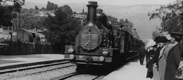 把1896年拍的电影变成4K?!AI人工智能技术再现魔法技能