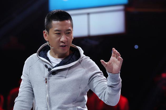 因林心如退出娱乐圈的他,直接向武汉捐赠两万斤大米