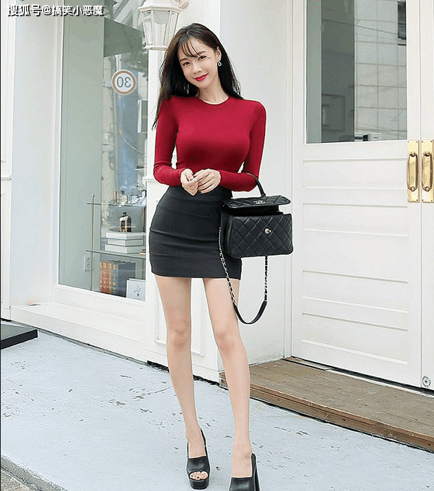爆笑动图:女秘书去工地,竟然穿着高跟鞋