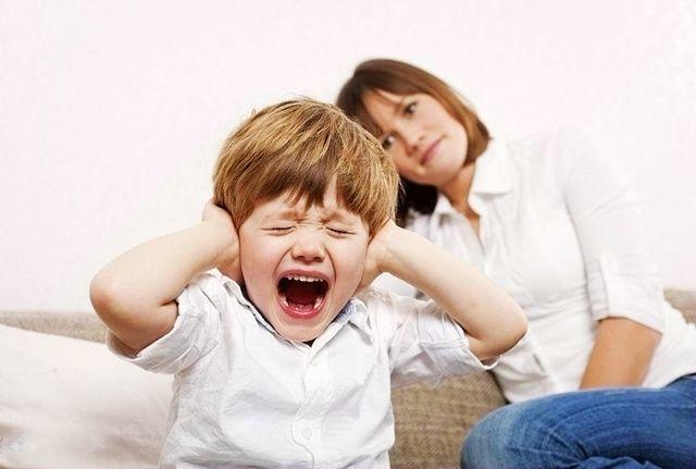 妈妈在家孩子更容易哭闹?不是对你有意见,原因让你想不到