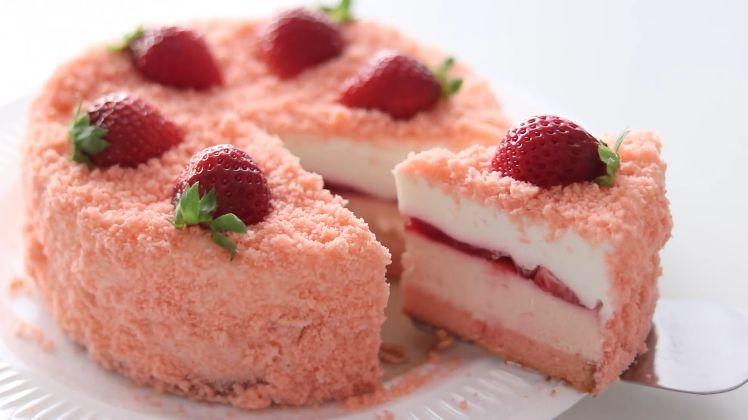 草莓芝士雪崩蛋糕 韩国超人气鸡蛋芝士面包做法大全
