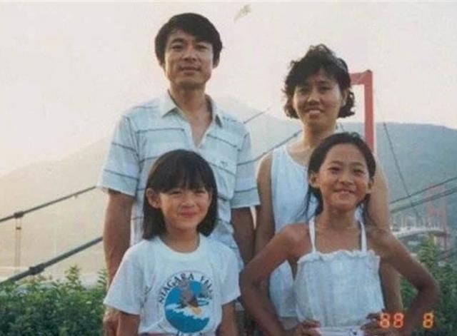 孫藝珍童年照突然被瘋傳,爸爸竟然跟玄彬這幺像