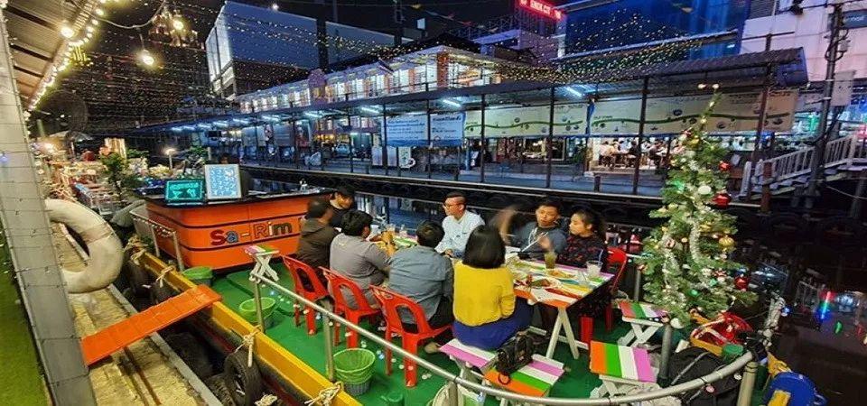 闹市中的水上市场!曼谷水门码头入夜大变身,交通便利