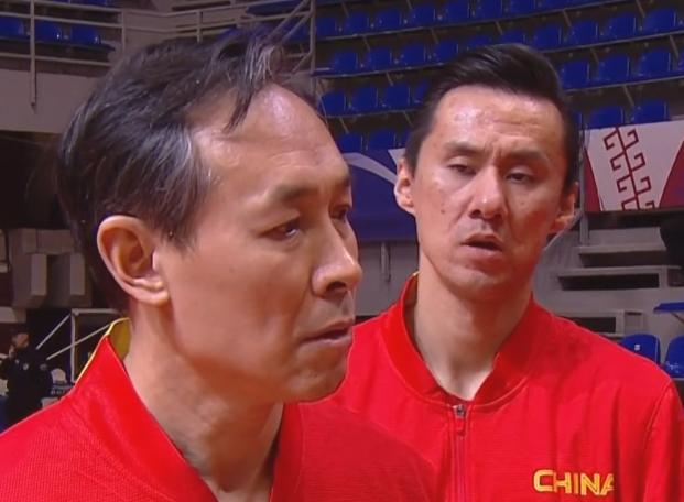 中国女篮主帅当场发飙!怒斥全体队员:赢了吗?这简直是胡来