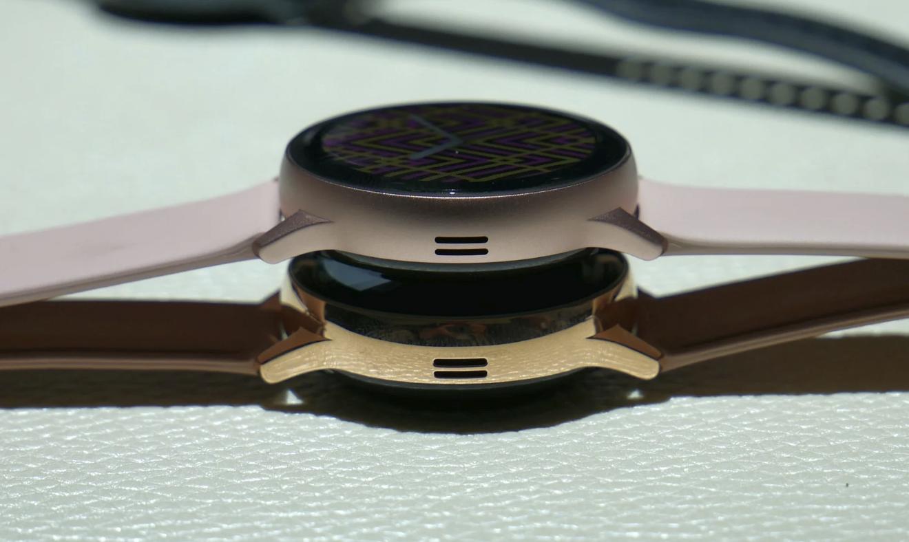 新款Galaxy智能手表增加不锈钢版本,三种颜色