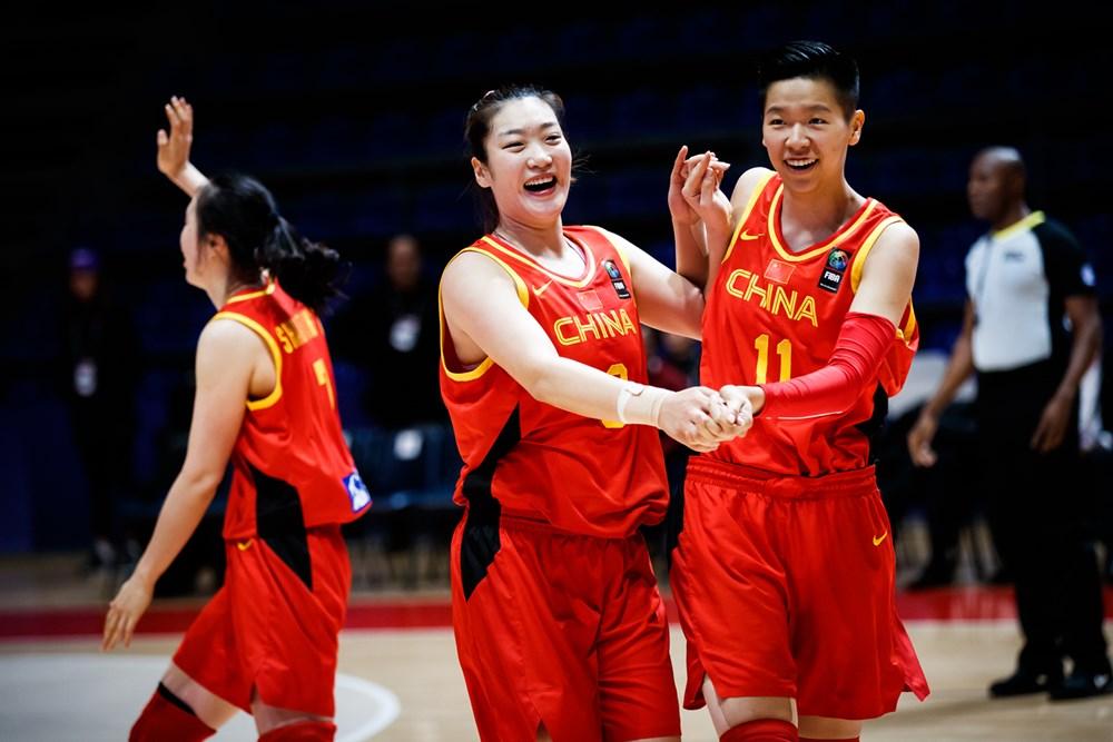 两场合砍29+8,博得11次罚球,李梦成中国女篮晋级头号