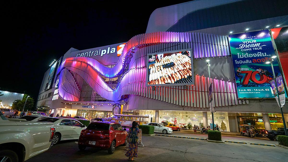 上月还在泰国东北部逛商场,如不是发生枪击案,还以为泰国很安全