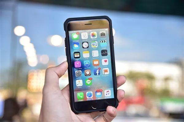 iP6/7用户集体换机!最便宜的iPhone9来了