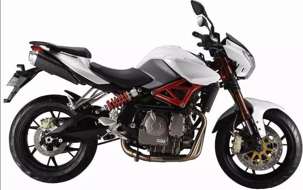 cc摩托车跑车报价 黄龙600摩托