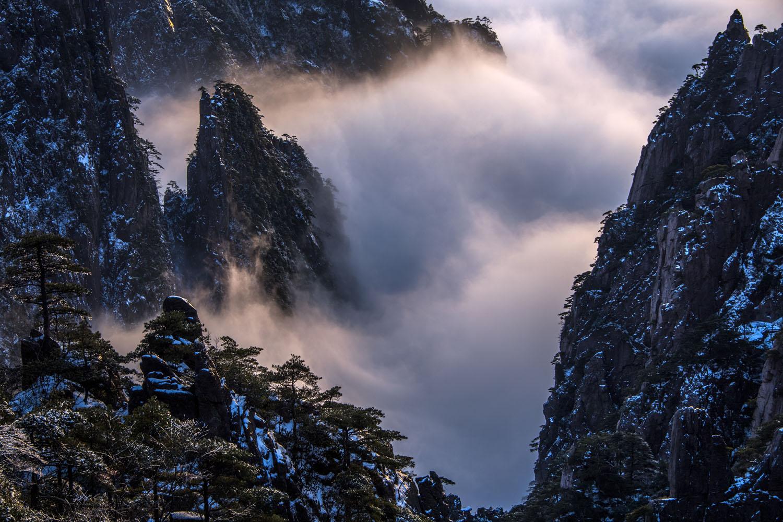 原创            黄山一下雪,就美成了一座诗一样的山,可惜今年令无数人遗憾