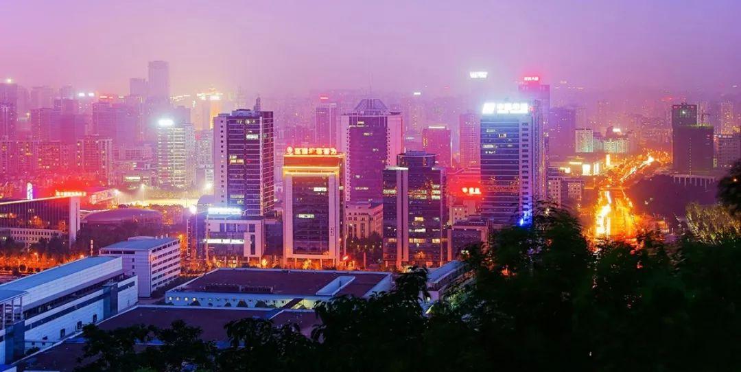 重庆各区gdp_贵州茅台股价突破1800元,市值接近2019年重庆市GDP