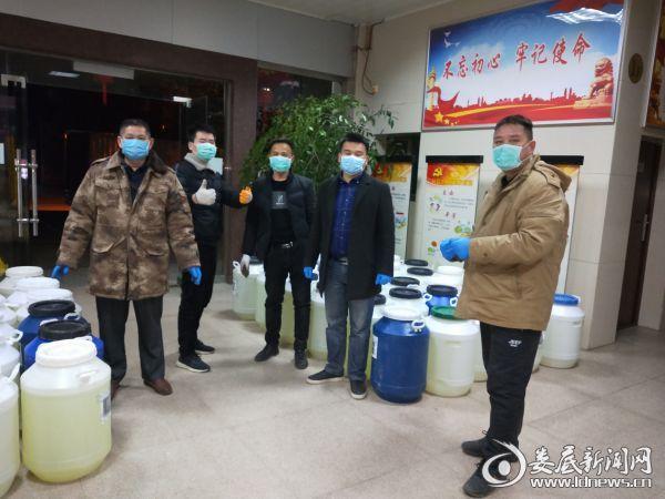 胡洪文:疫情防控的监督员、战斗员