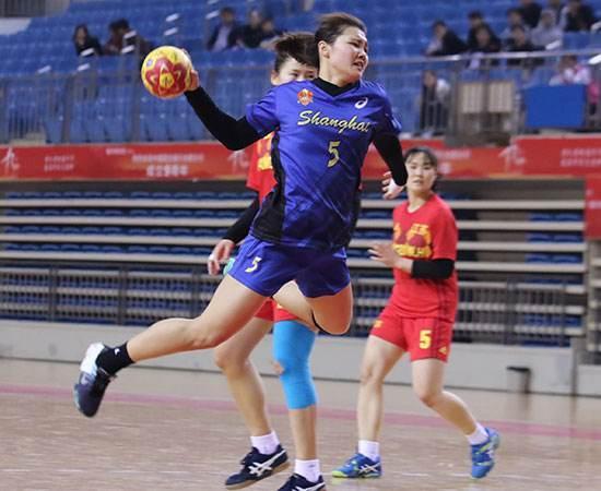 原创             比三大球还惨,中国手球提前无缘东京奥运会,女队退出男队太弱