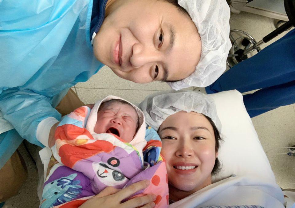 3年生3个儿子!女星剖腹产下8斤重儿子,产后素颜比章子怡还美