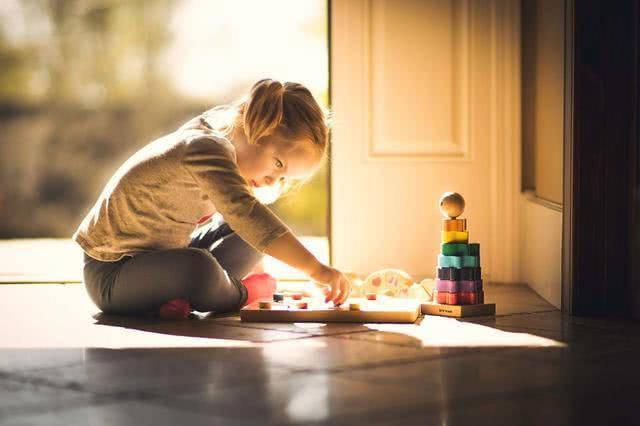 原创高智商孩子有这三个特殊习惯,父母别打断,可能是扼杀了天才